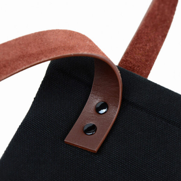 Custom made tote bags by Framme