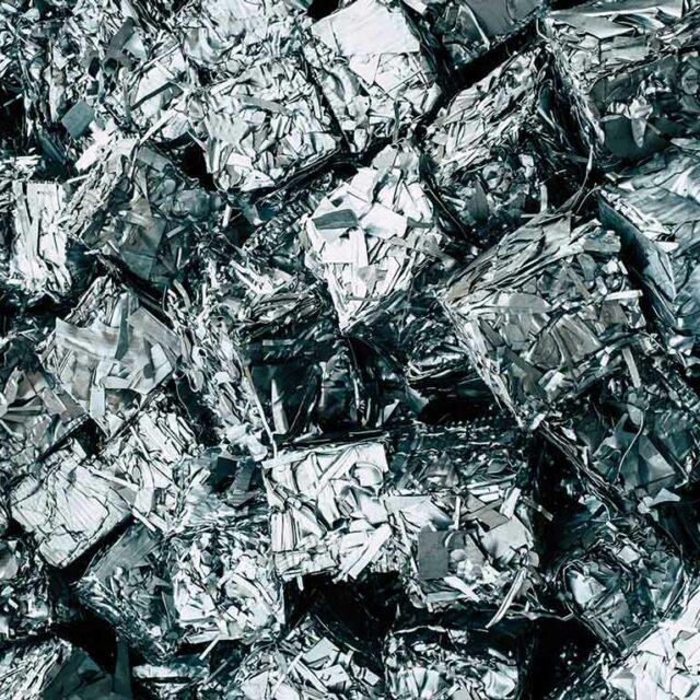 Metal trash cubes