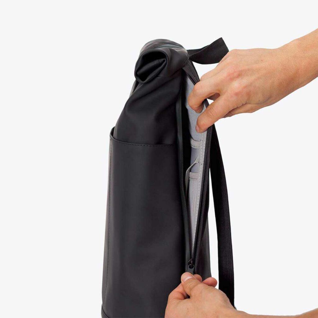 Ucon Acrobatics back pack